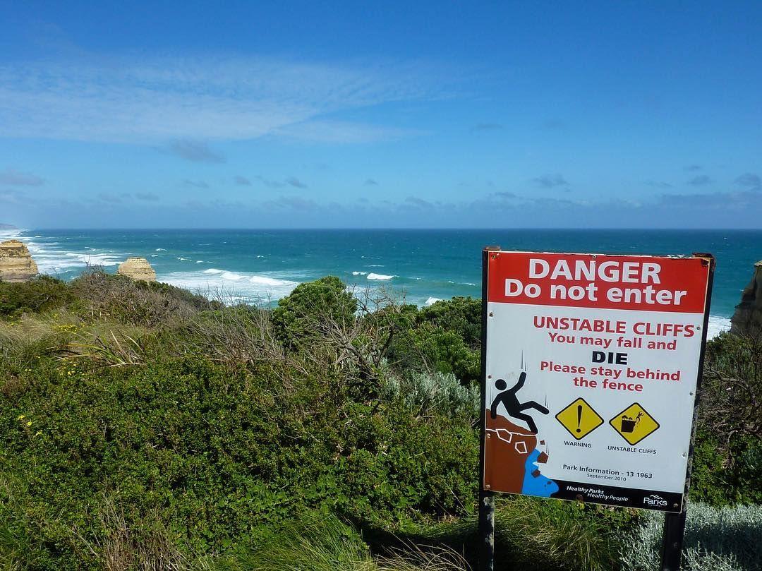 Just a casual warning  #australia #workandtravel #travel #traveling #backpacking #backpacker #roadtrip #wanderlust #greatoceanroad  #ausfeels @australia #exploreaustralia #socialifeaustralia #wanderaustralia #australia_shotz @greatoceanroad  #radtravel #wedriveaustralia #visitgreatoceanroad #southwestvic #travelbrag #twelveapostles #portcampbell #sign #warning #ocean #danger by taralovestraveling