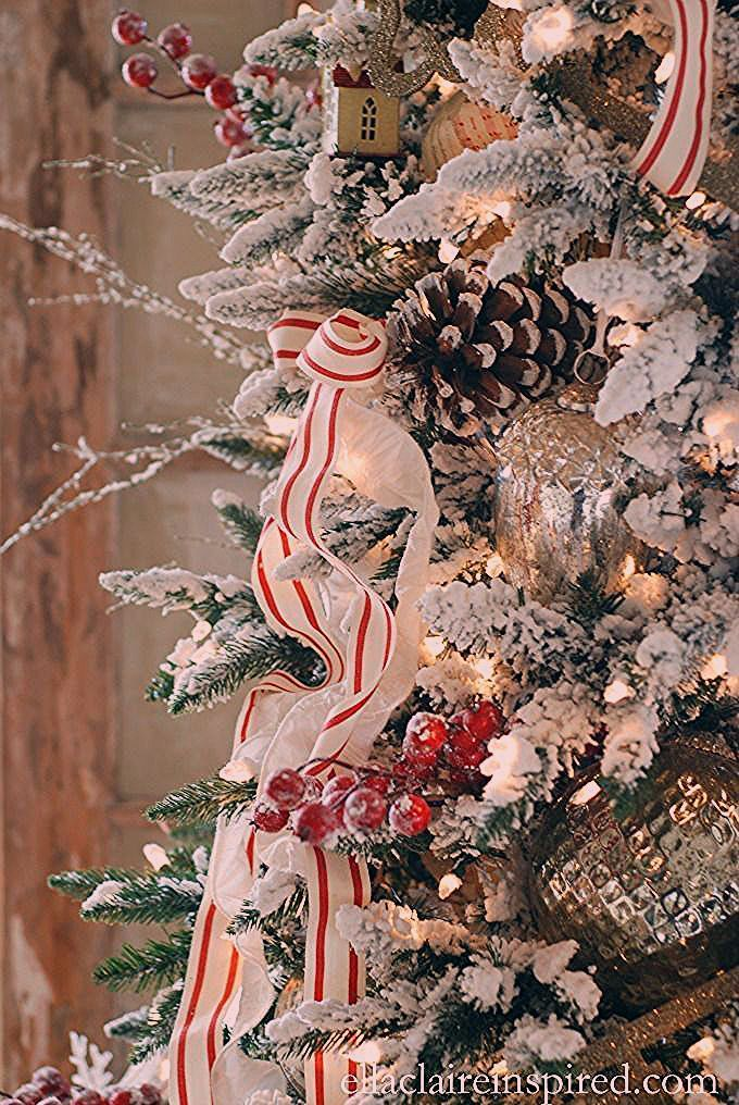 10 Tips for Beautiful Christmas Tree Ribbon - Annie Cockrum - #Annie #Beautiful #Christmas #Cockrum #Ribbon #Tips #tree #howtoputribbononachristmastree