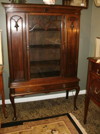 1920s Queen Anne China Cabinet Curio Queen Anne