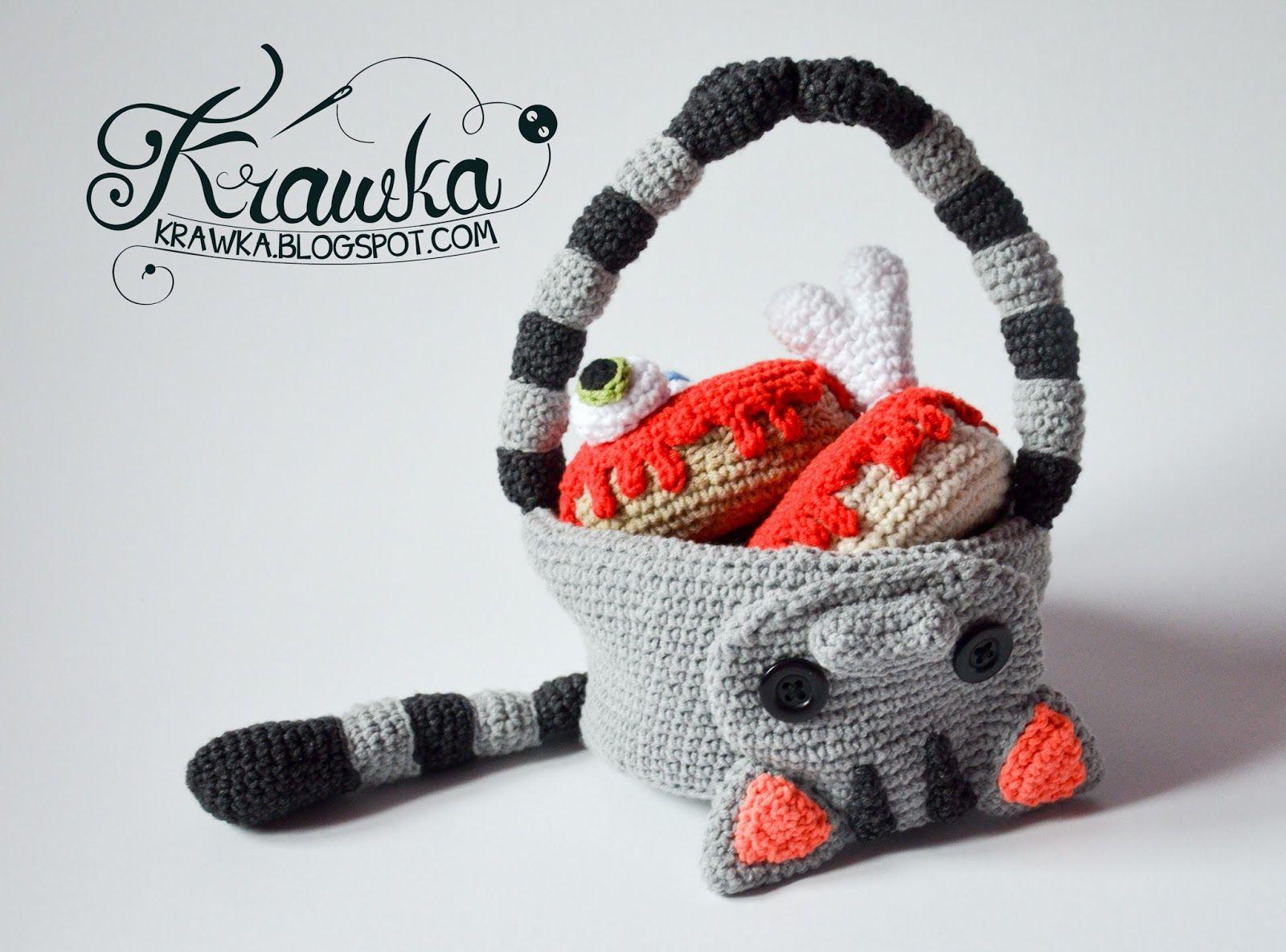 Krawka: Donuts free crochet patterns. Regular donut with pink icing ...