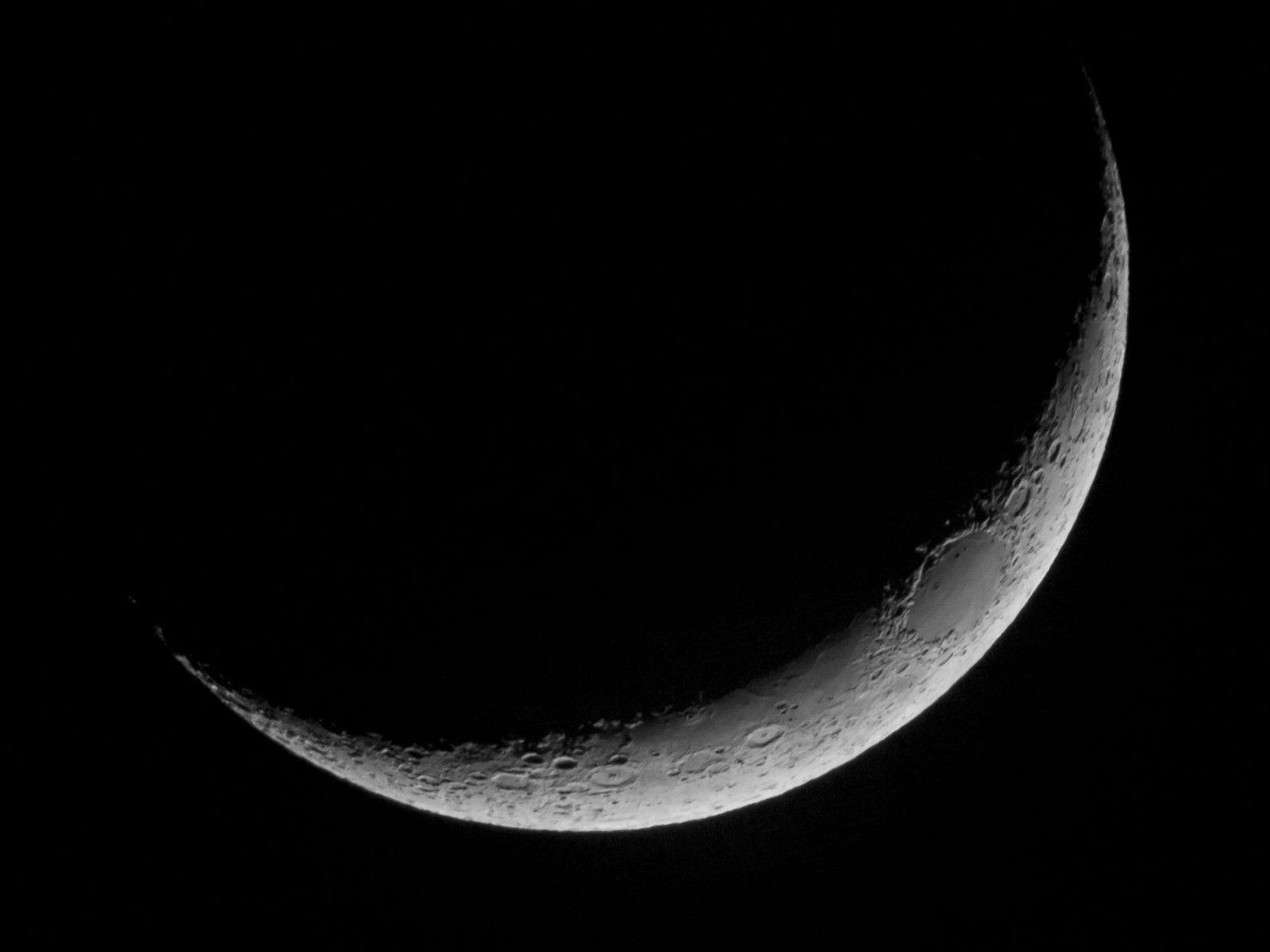 crescent moon wallpaper hd wallpapers in space � imagesci