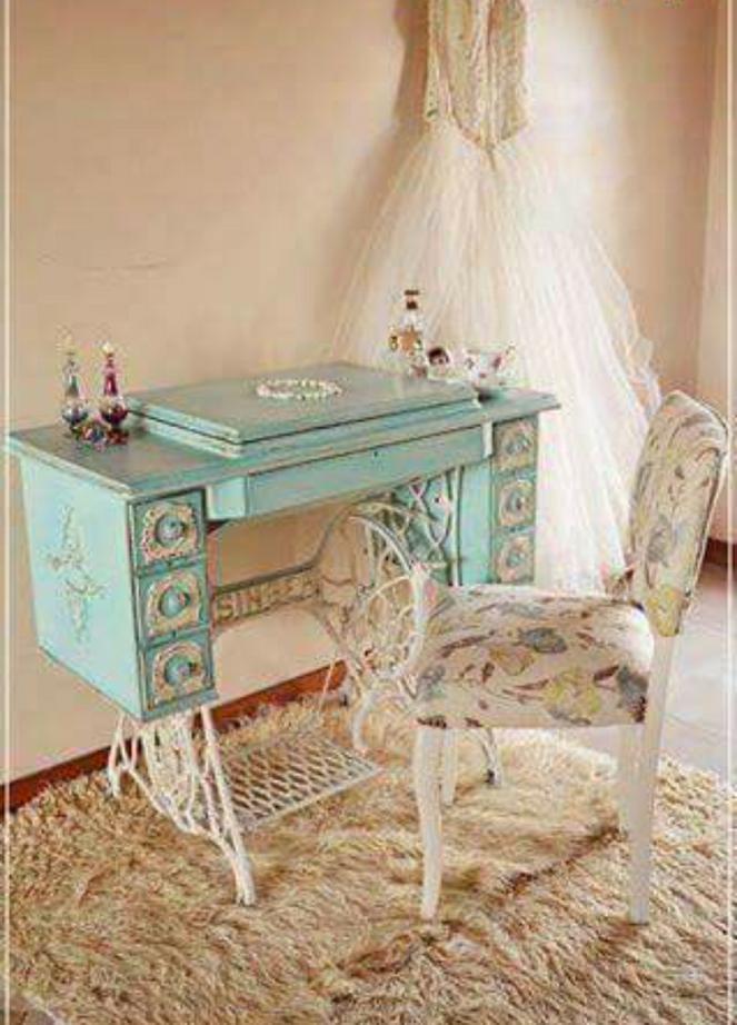 pin von edita kimadze auf bedroom pinterest alte n hmaschinen m bel restaurieren und shabby. Black Bedroom Furniture Sets. Home Design Ideas