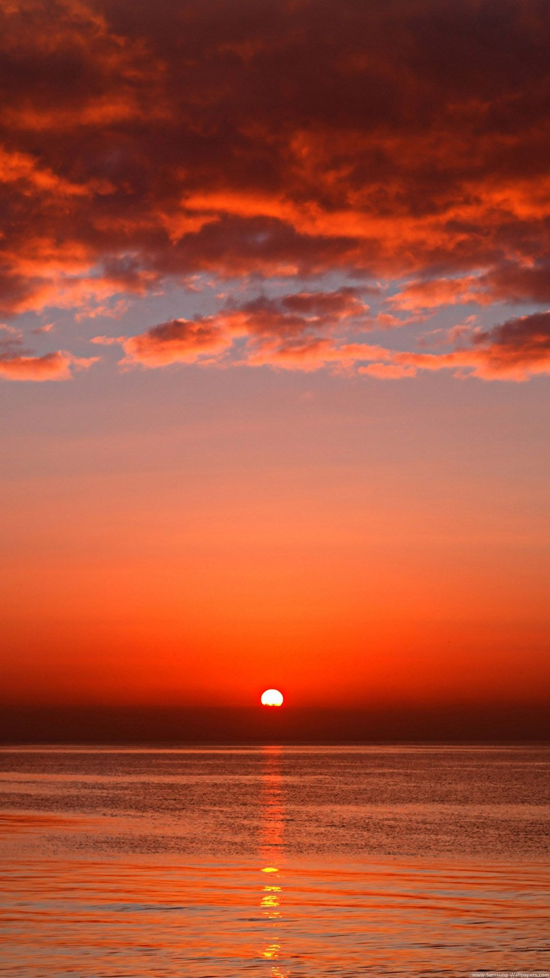 Orange Red Sunset Tap to see more sunset wallpapers