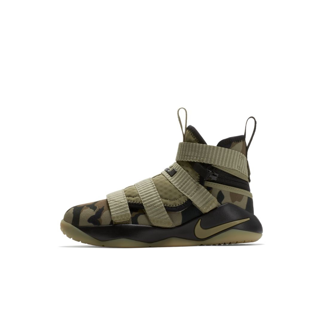 finest selection 40a75 0f9f6 LeBron Soldier 11 FlyEase Little Kids' Shoe | Products in ...