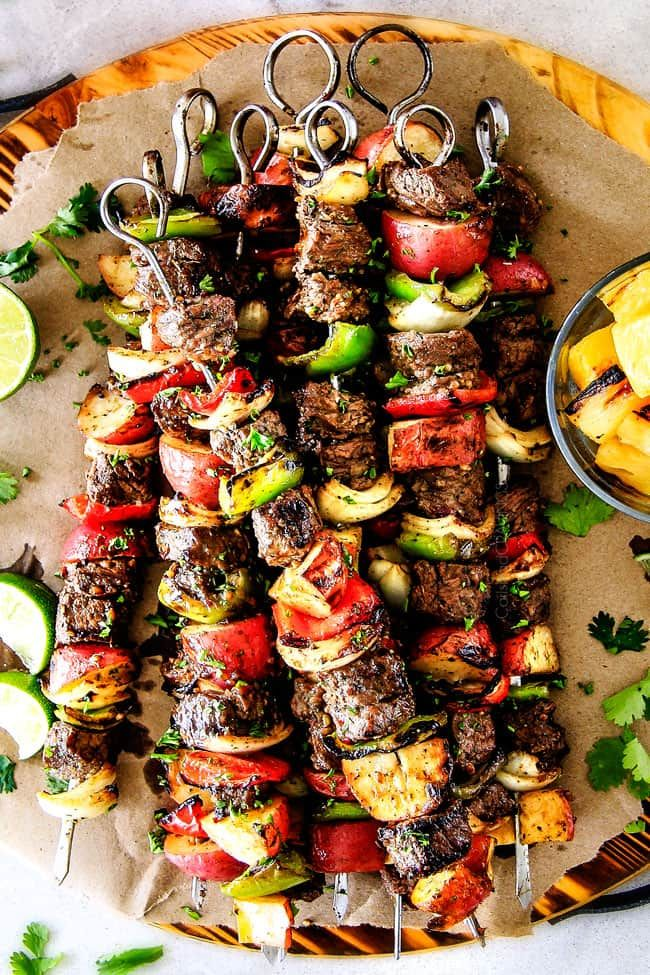 These Easy Brazilian Steak Kabobs With Potatoes Bell Peppers And Onions Are So Crazy Juicy And Exploding With Fla Steak Kabobs Carlsbad Cravings Kabob Recipes