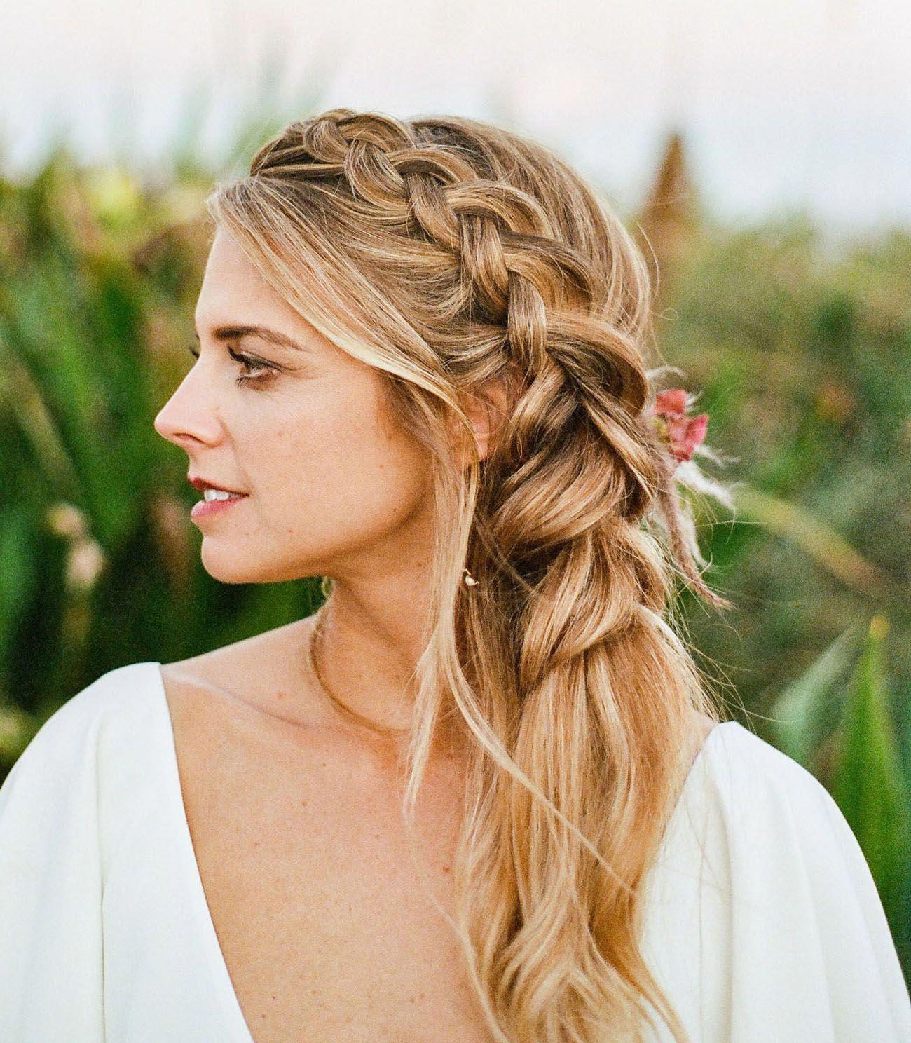 messy boho side swept french bridal braid #braidedhairstyles