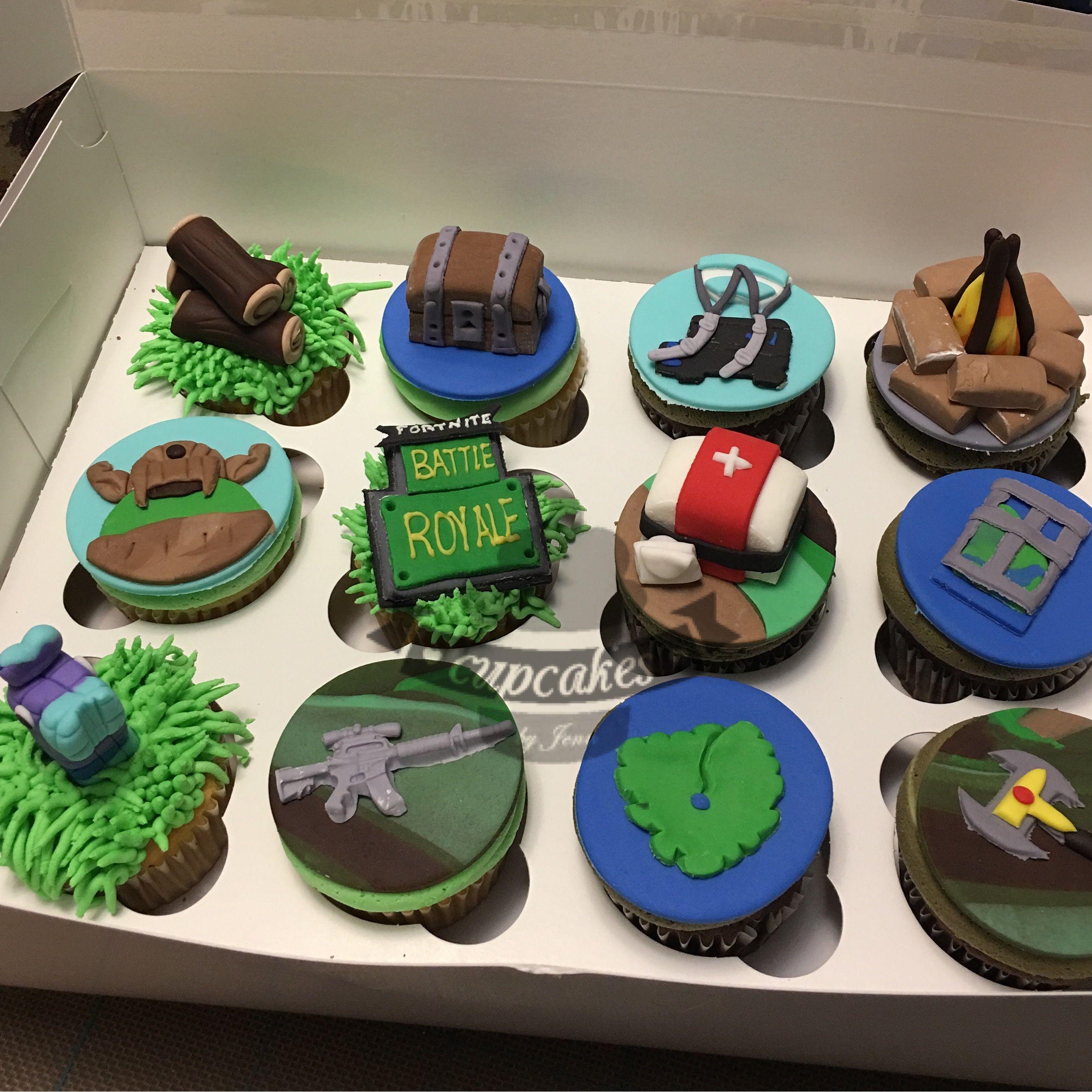 fortnite cupcakes - fortnite fondant cake decorations