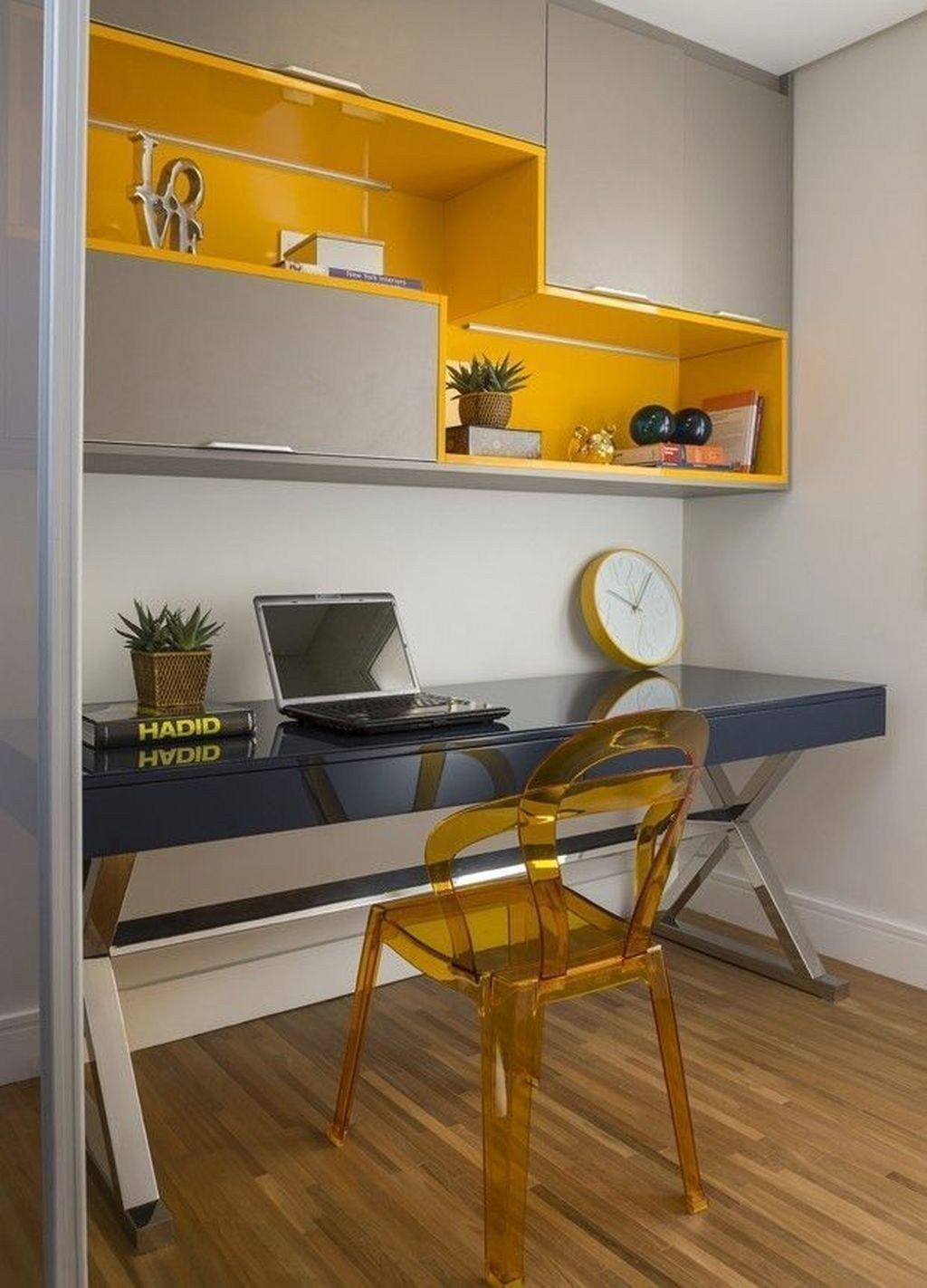 Modern Study Room: Modern Home Office Idea That Easily Implemented 15
