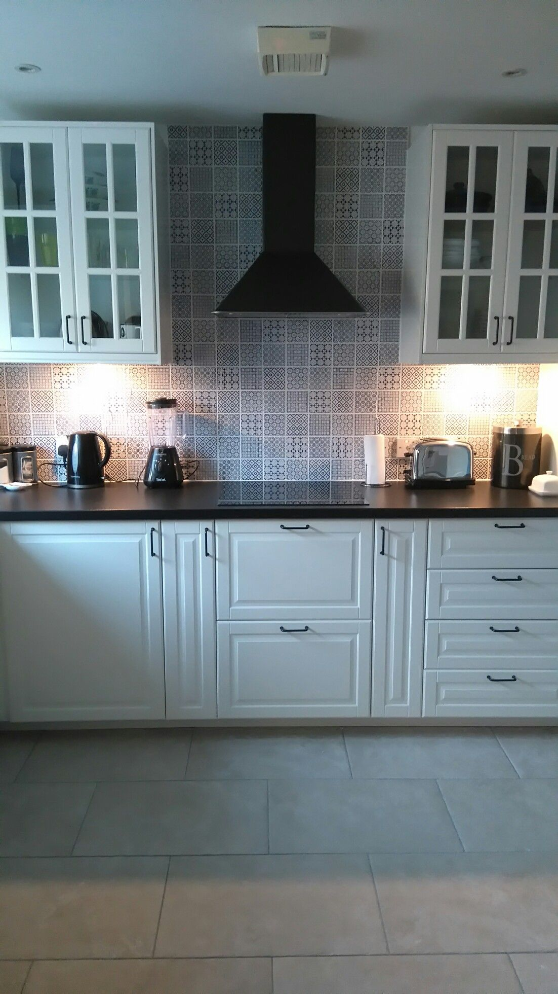 Blue batik kitchen tiles | Kitchen | Pinterest | Kitchens, Flooring ...