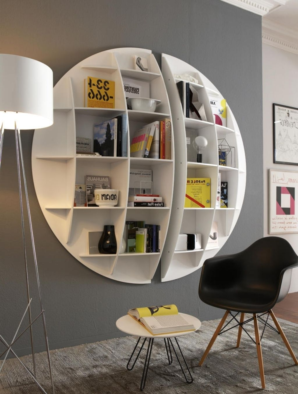 moderne wandregale wohnzimmer wandregal in halbkugelform roomido
