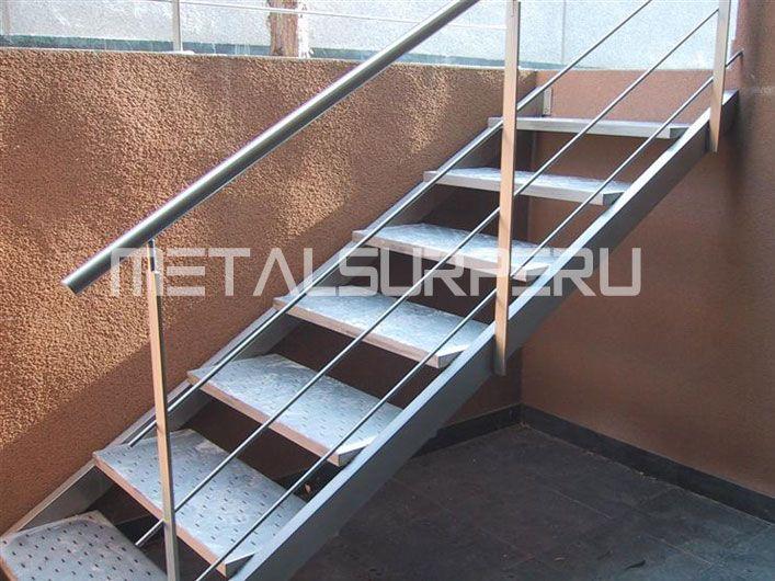 Escaleras metalicas 10 maniel pinterest - Estanterias metalicas para casa ...
