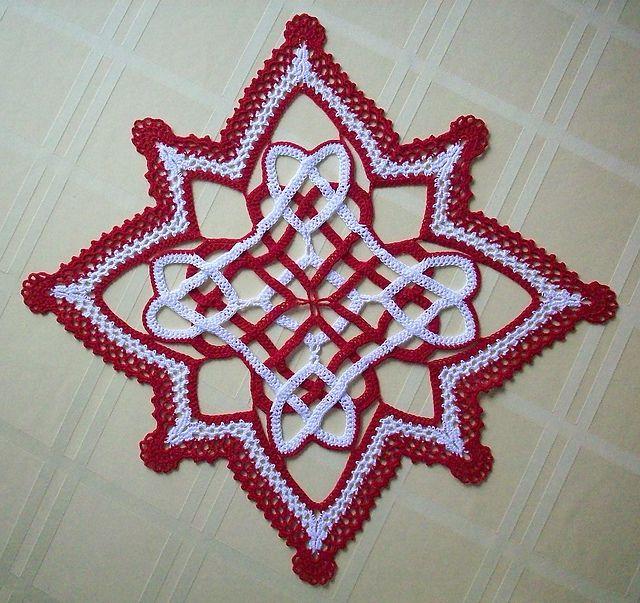 Celtic Hearts Crocheted Doily pattern by Richard Sechriest ...