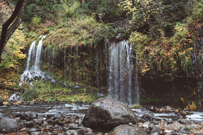 Essential Tips For Hiking Mossbrae Falls Mossbrae Falls