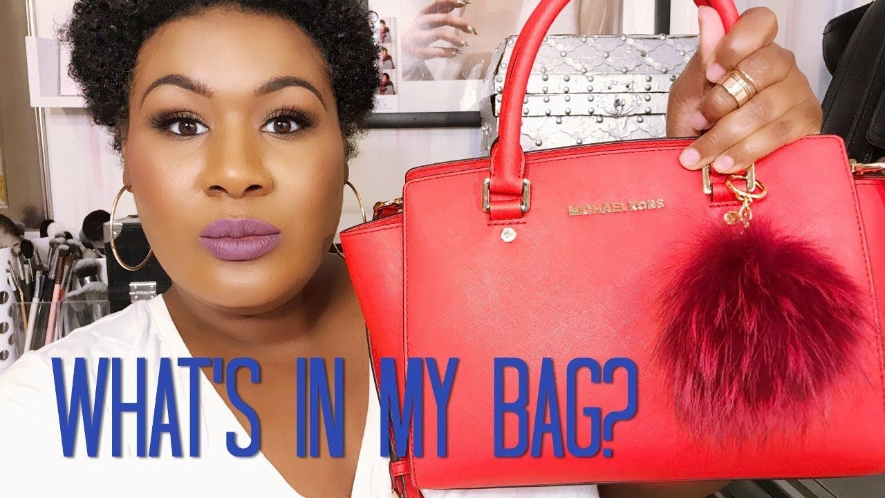 d50f5b09224f What s in My Bag  Michael Kors Selma Medium - YouTube