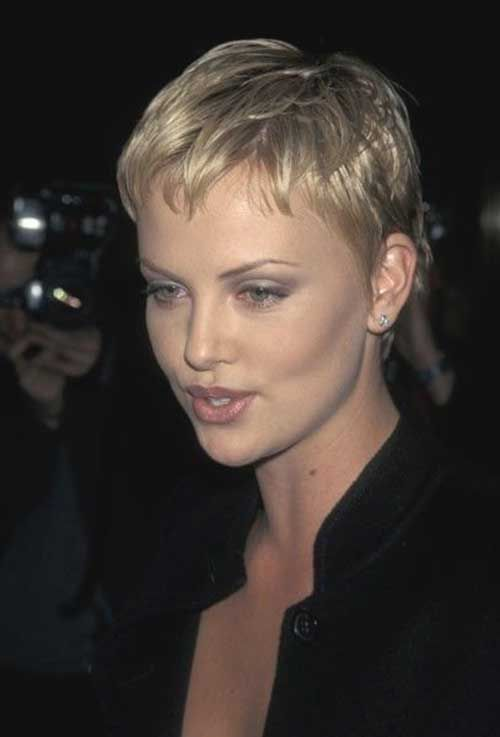 Charlize Theron Short Pixie Short Haircuts In 2019