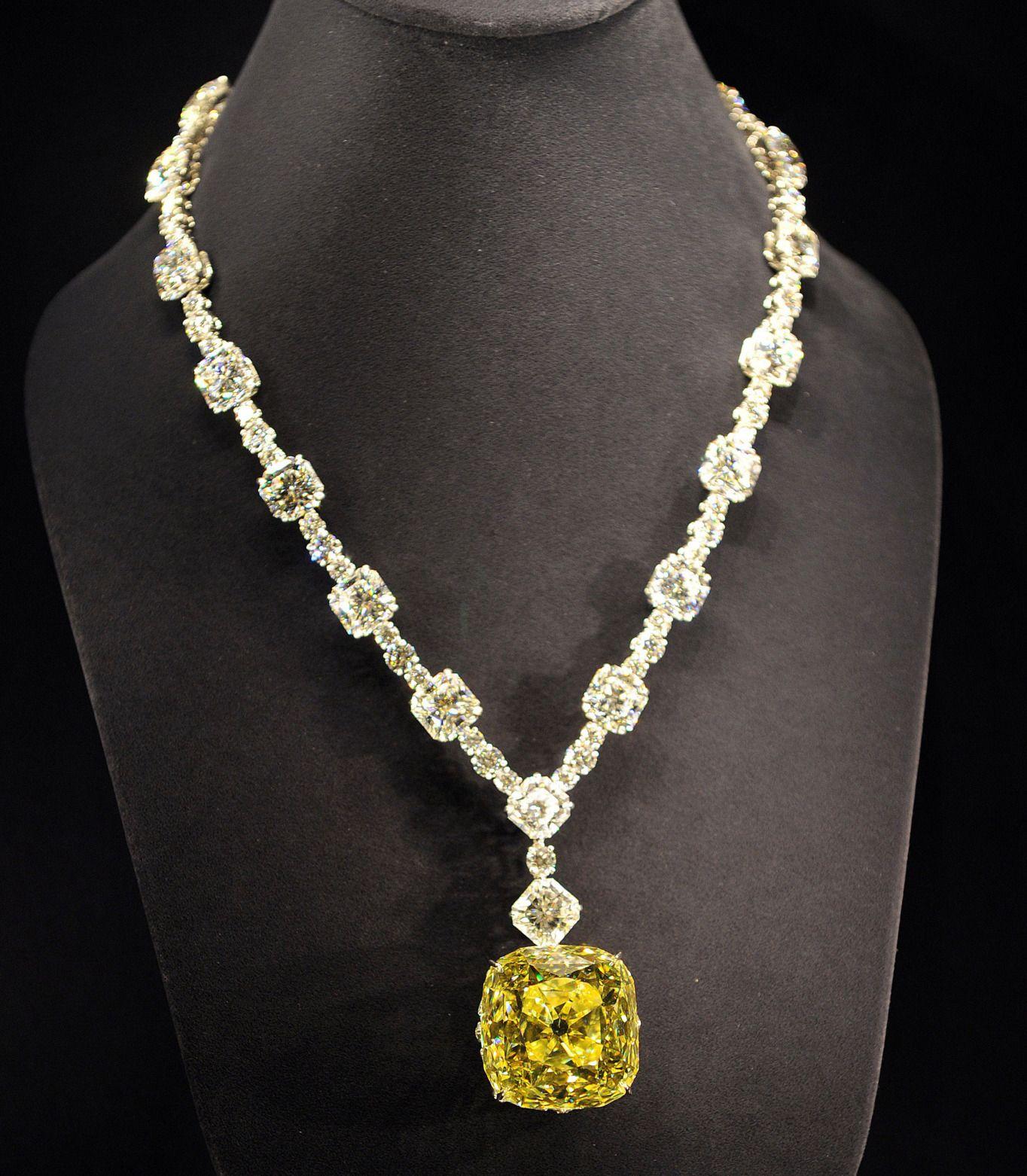 The Tiffany Diamond Necklace The 128 54 Carat Antique