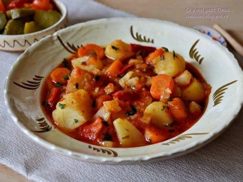 Gulyas de cartofi cu legume - imagine 1 mare