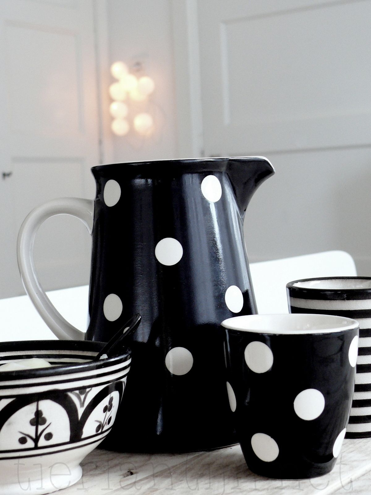 Ptite touche cosy trendy pour la cuisine black and white?