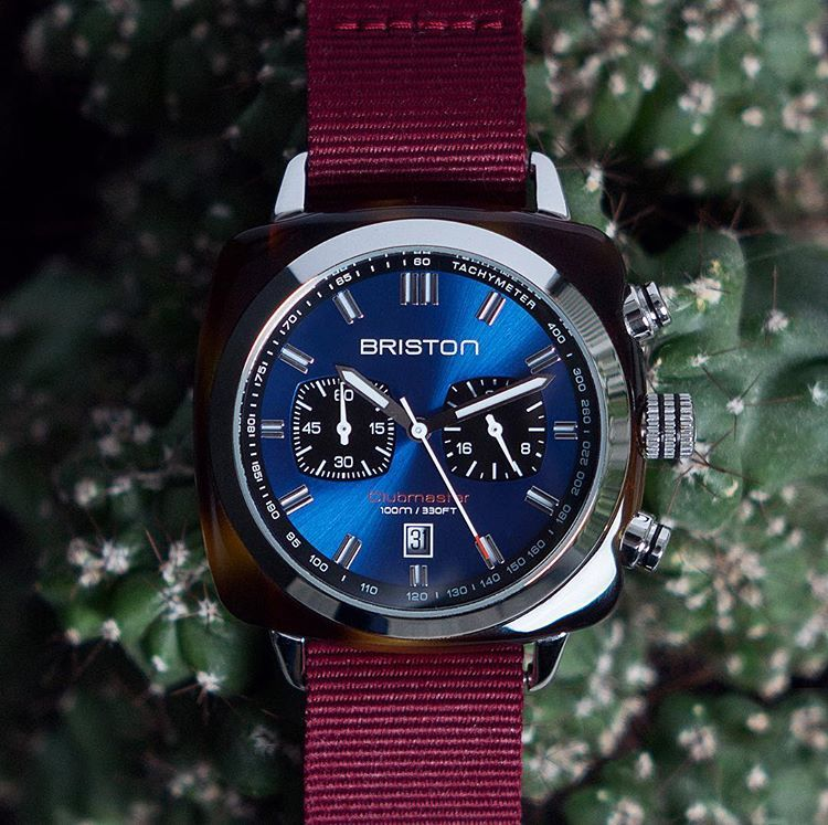 51ecf6d5b9  mybriston  menstyle  fashion  watch  briston Clubmaster Sport Acetate  Chronograph navy blue dial and burgundy strap ©Le Claqueur de doigts