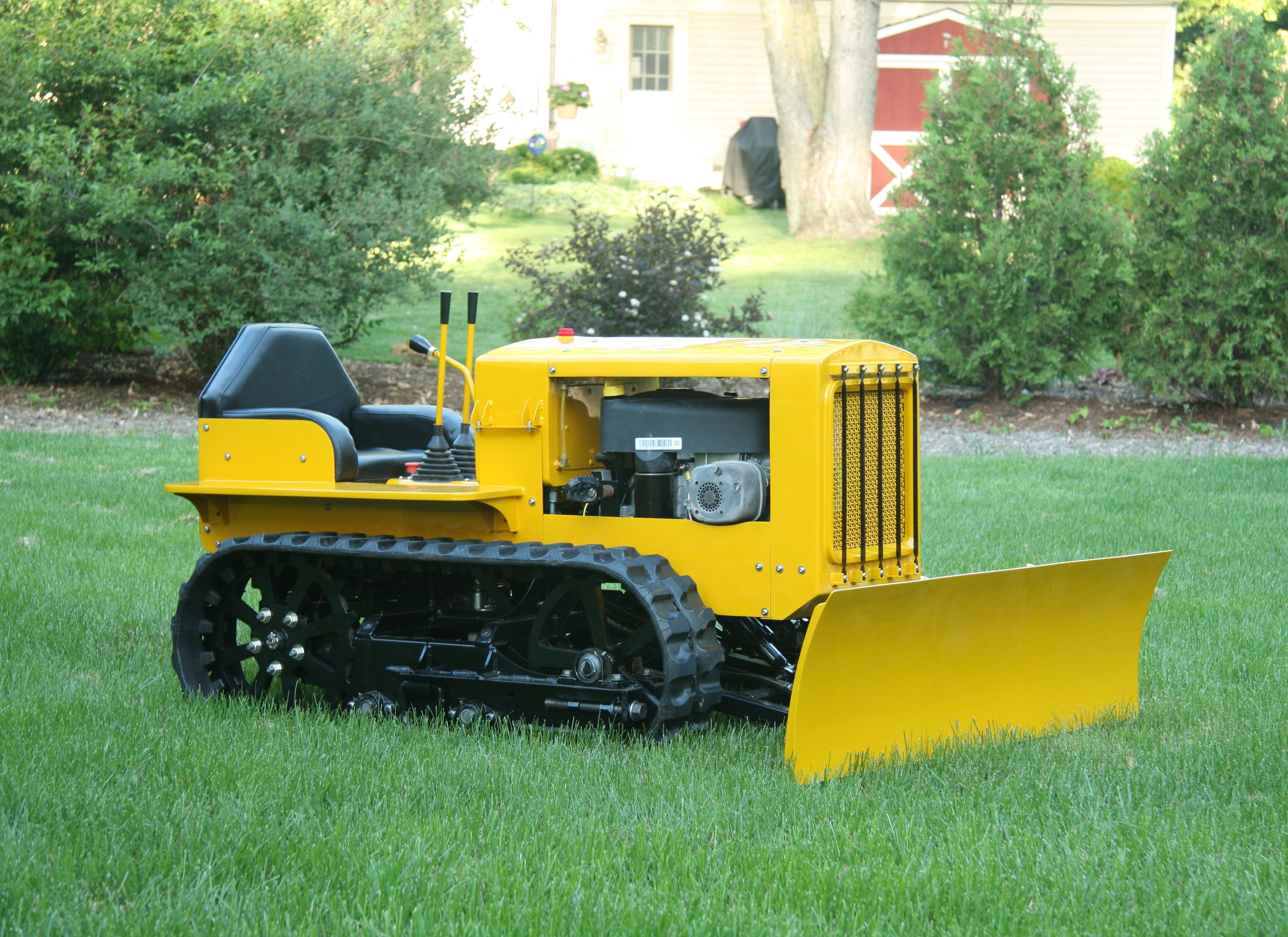 Building a Mini Bulldozer from Lawnmower Parts Yard