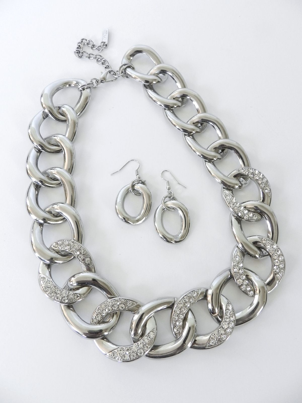 b0626a6222de Big and Chunky Silver neck ear set.