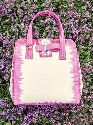 Simplissime Tote PM, Cuir Oeillet : Flamingo