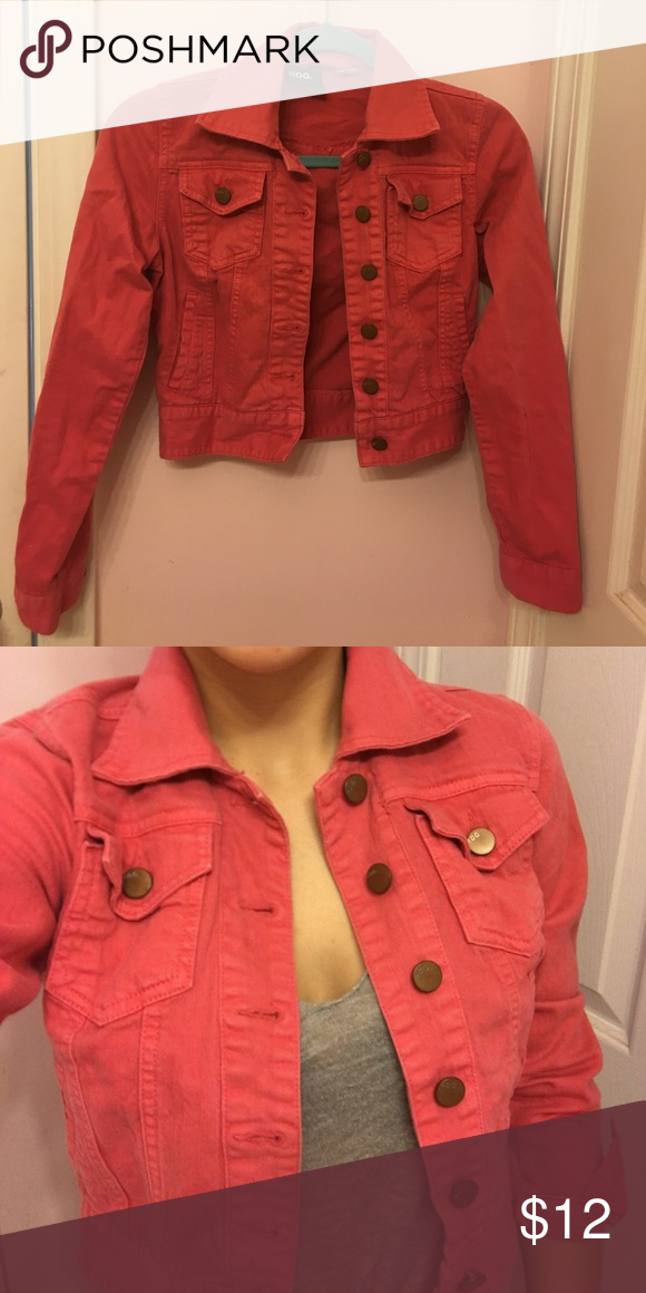 Urban Outfitters BDG pink denim jacket BDG cropped pink denim jacket. Perfect for spring & summer! Like New! Urban Outfitters Jackets & Coats Jean Jackets