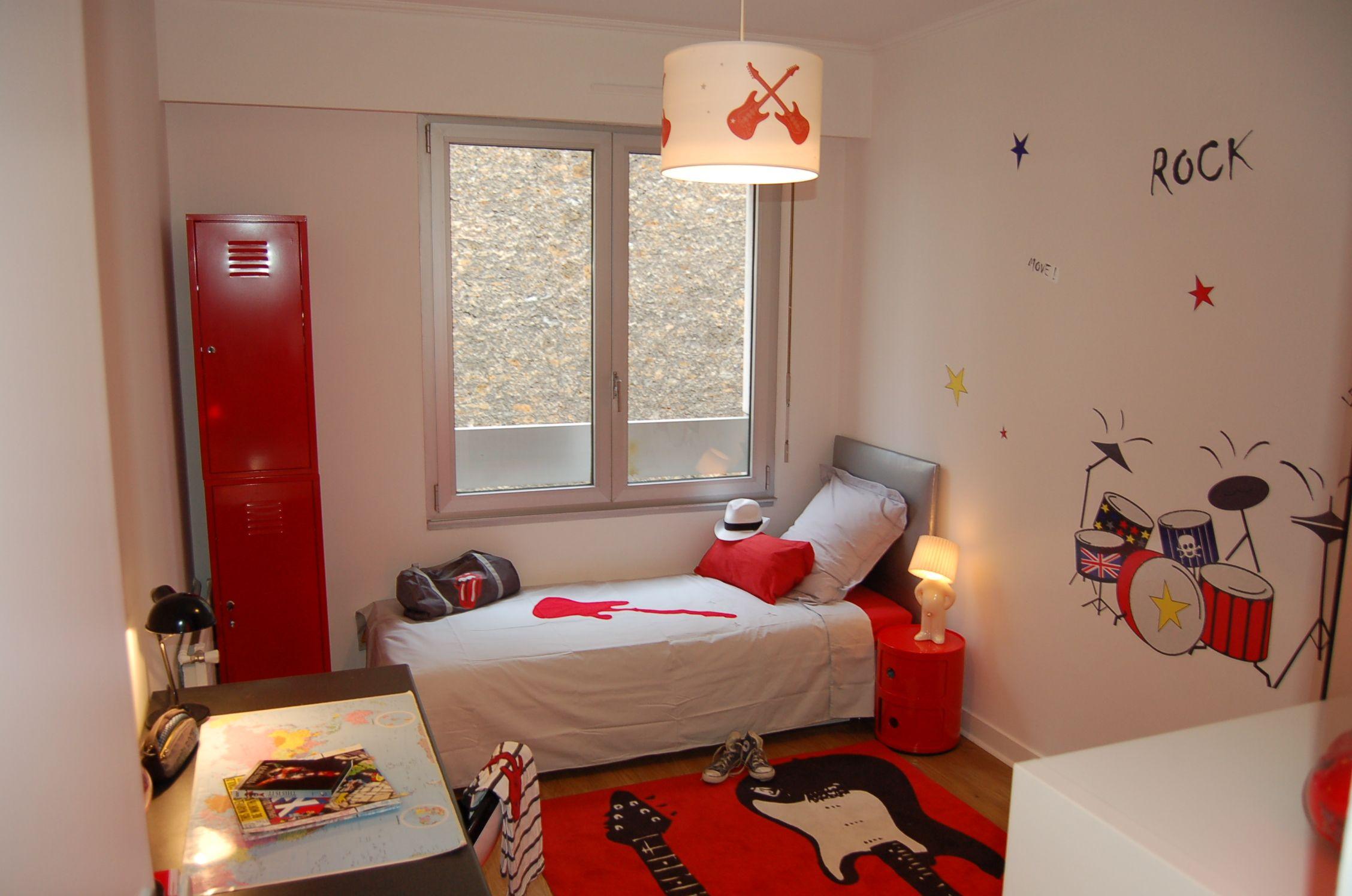 chambre rouge, chambre ado, chambre Nanelle, chambre rock, tapis
