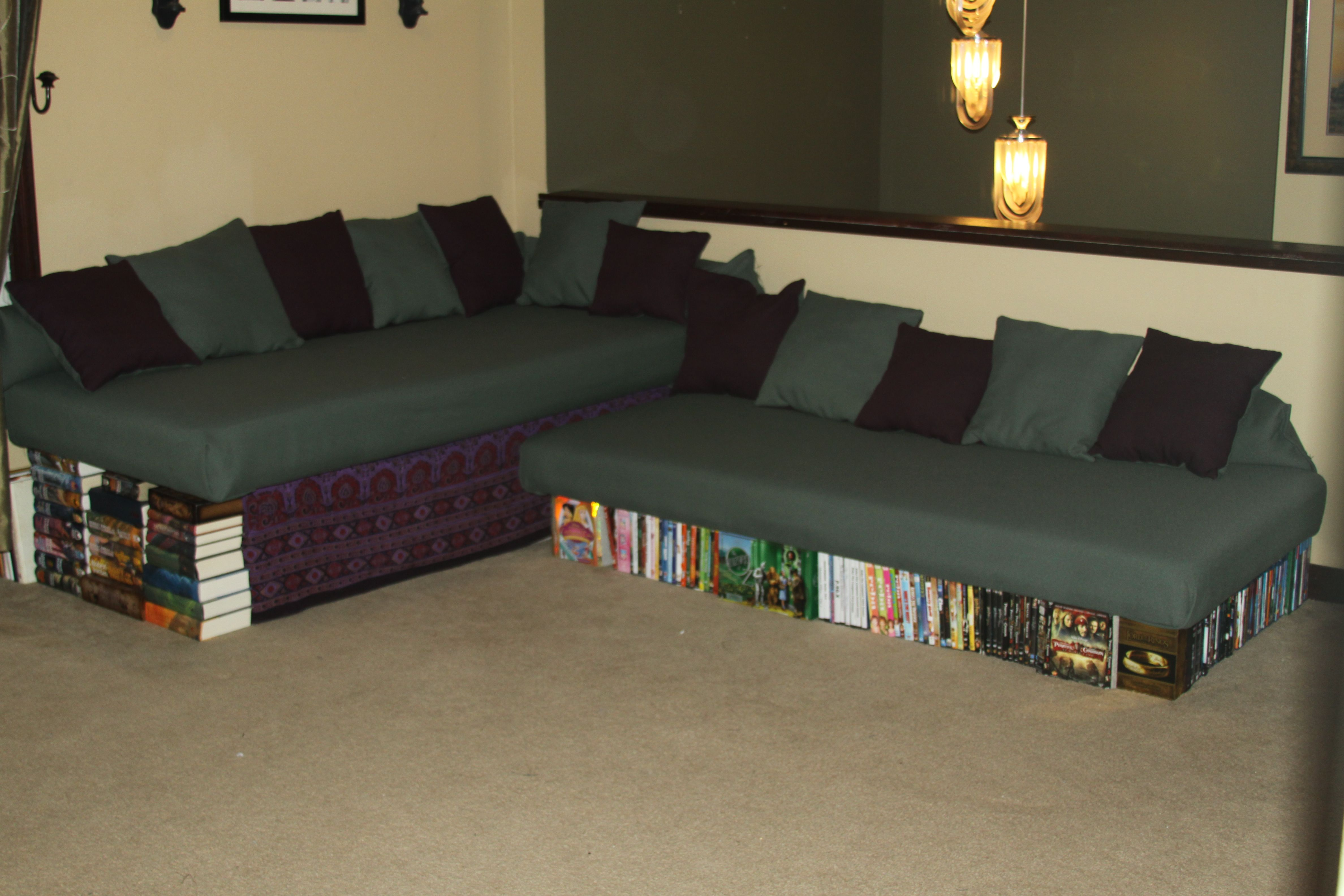 Found This Diy Couch From Twin Beds I Have A Ton Of Books And Would Be Brilliant Decorating Idea