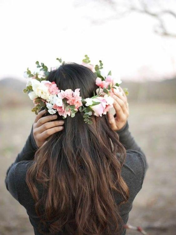Фото красивых девушек цветами сзади, склифосовский онлайн голая жена за деньги видео