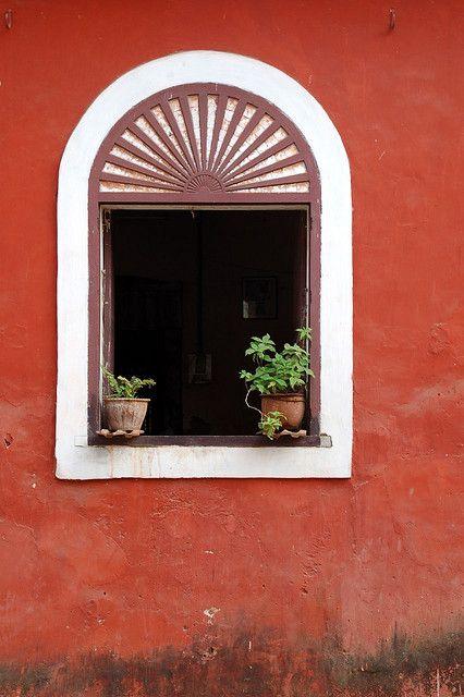 Red House Panjim Goa Porte Fenetre Fenetre Et Portes