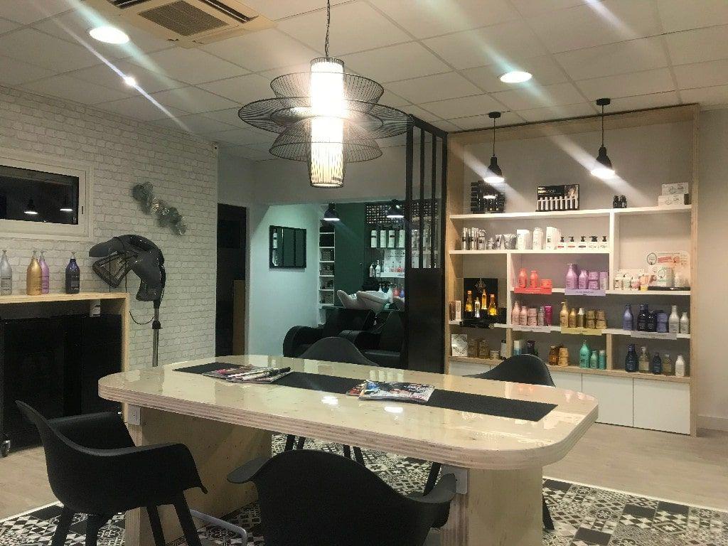 11++ Mobilier salon de coiffure complet des idees
