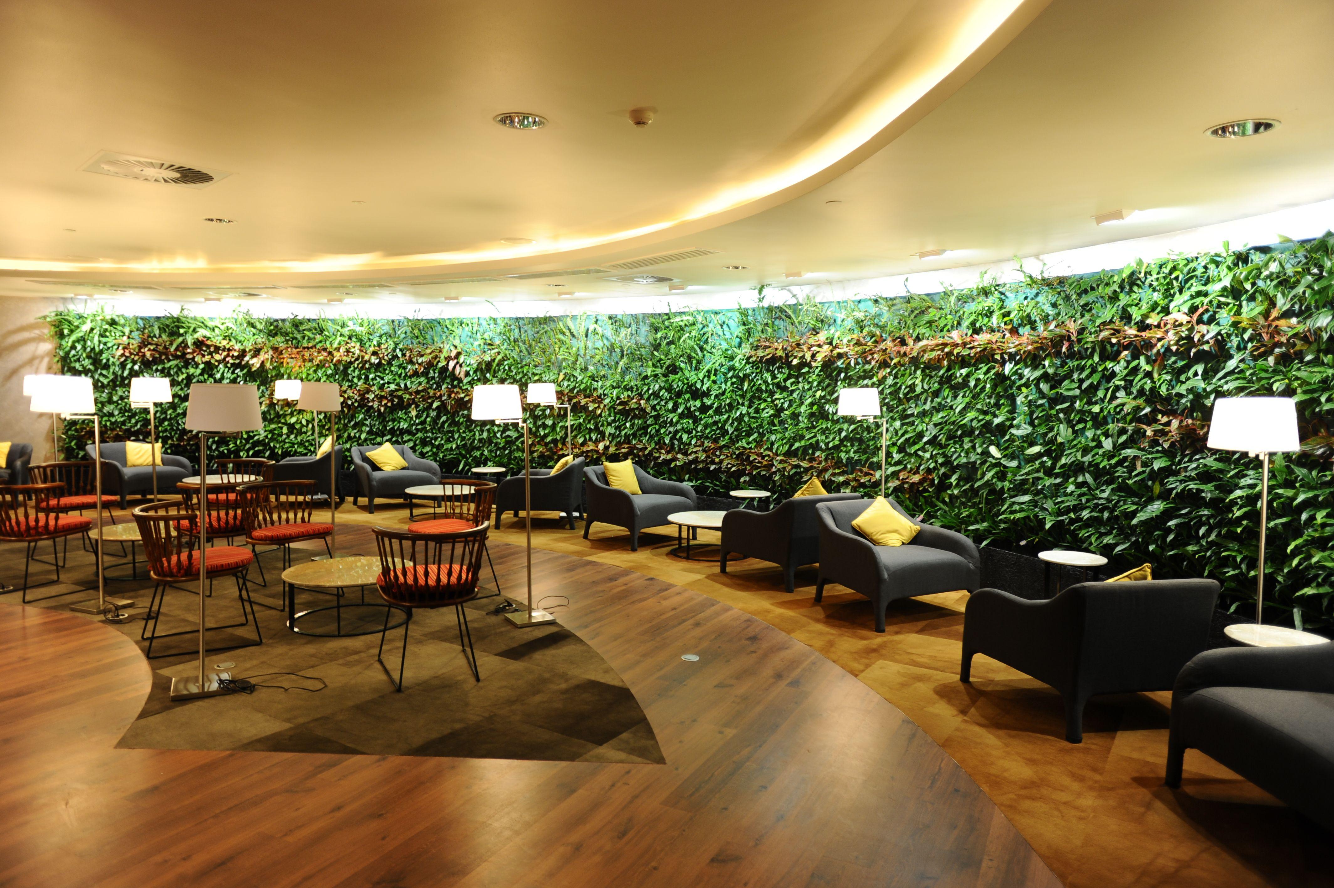 Amédée Maingard Lounge at Mauritius - Sir Seewoosagur Ramgoolam ...