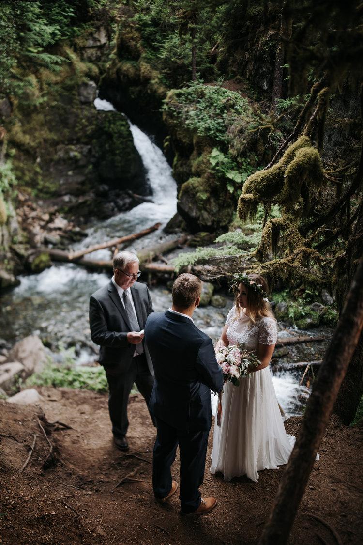 Girdwood Elopement Alaska Wedding Photographer Erica Rose