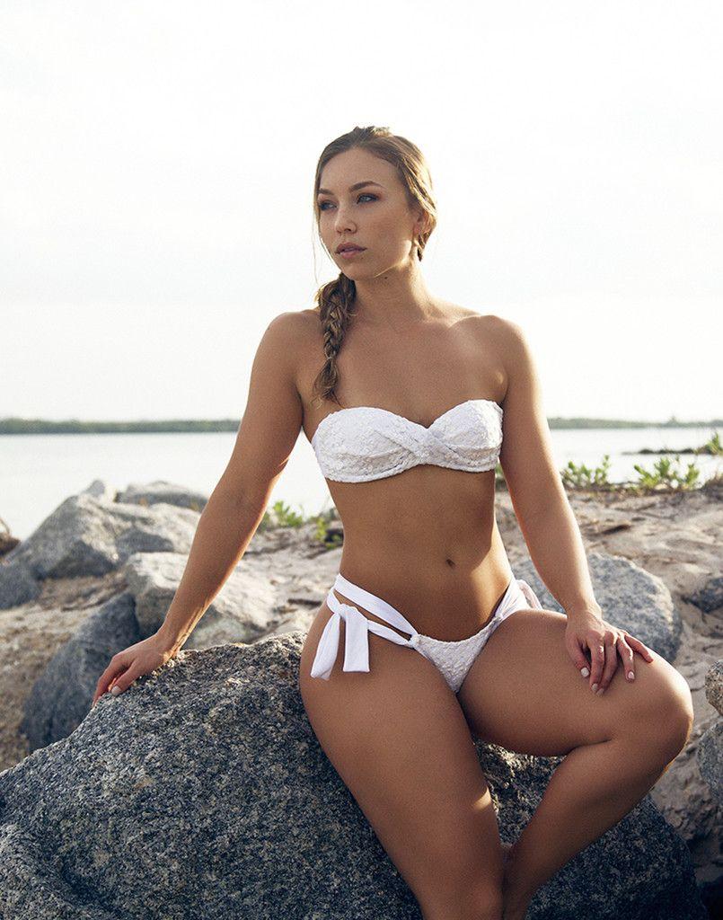 Nicole Mejia Nude Photos 70