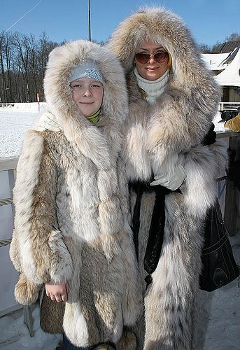 Mom & daughter lynx fur coats | Fur you could live in | Pinterest ...