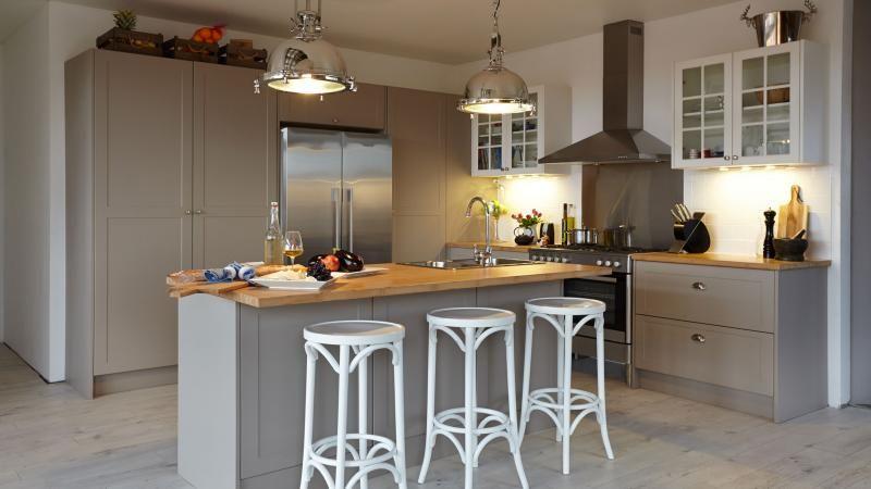 kuchynskalinka kuchyna vidiecka country kitchen seda kuchy a pinterest. Black Bedroom Furniture Sets. Home Design Ideas