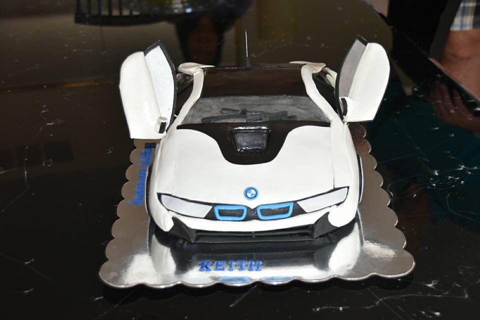 vente en magasin aaa56 e8bec BMW i8 cake | Baby boy | Car cake tutorial, Bmw cake, Sweet ...