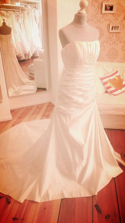 Fräulein Weiß, gebrauchte Brautmode - Second Hand Brautkleider ...