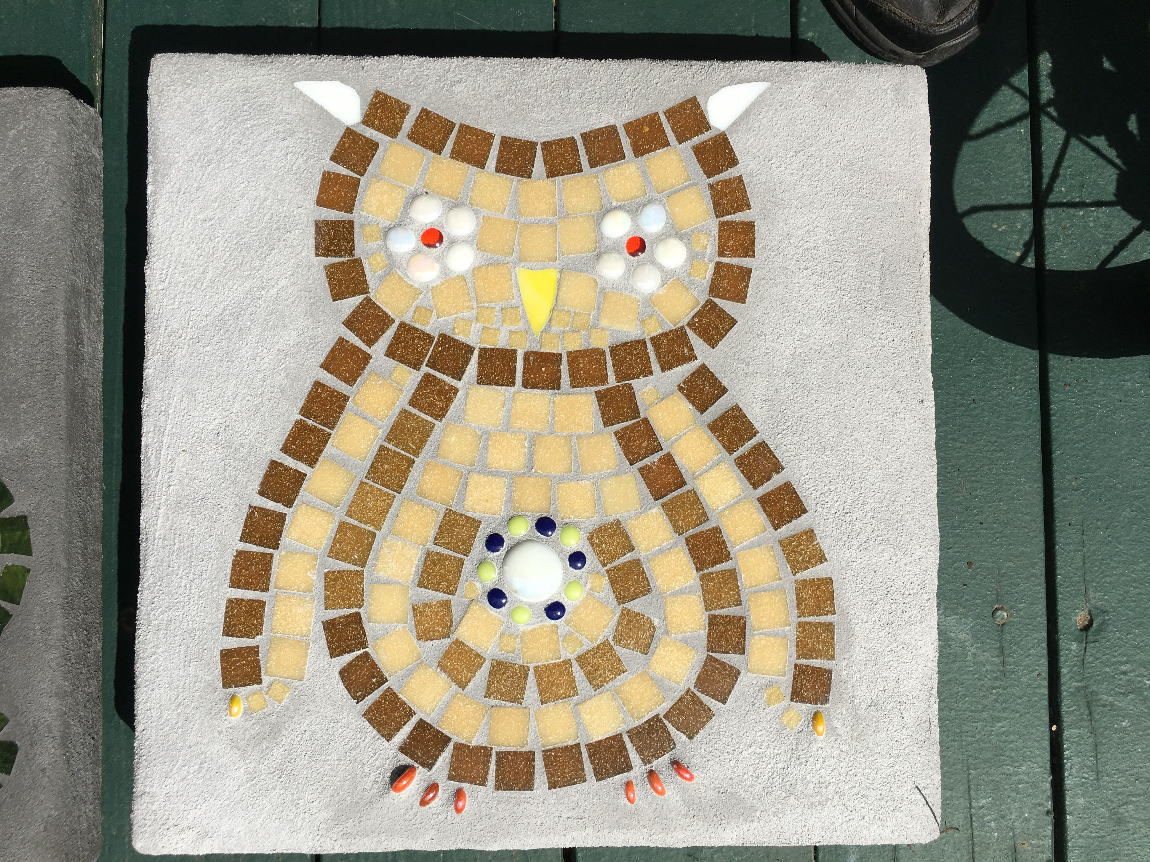 Owl mosaic on 16 inch stepping stone