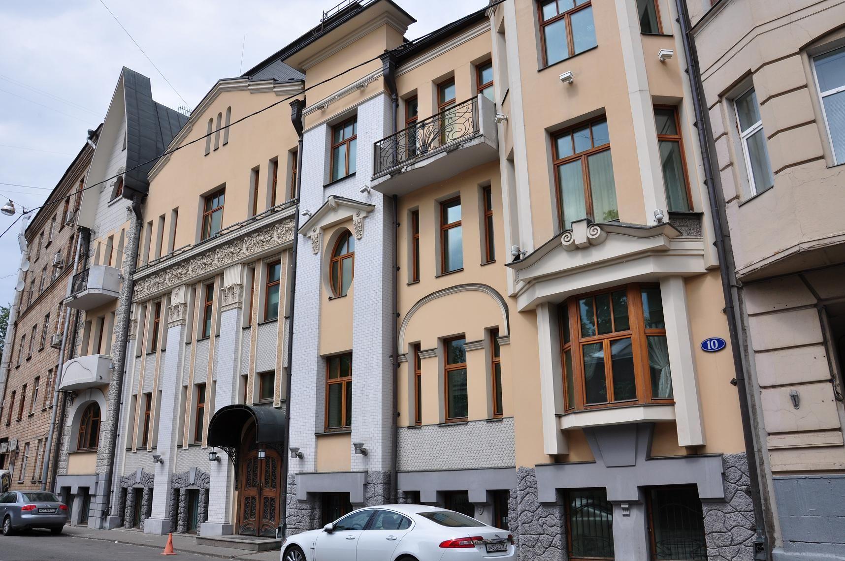 Доходный дом наследников Н.П.Циркунова (Чистый переулок, 10, 1910, арх. В.С.Масленников)