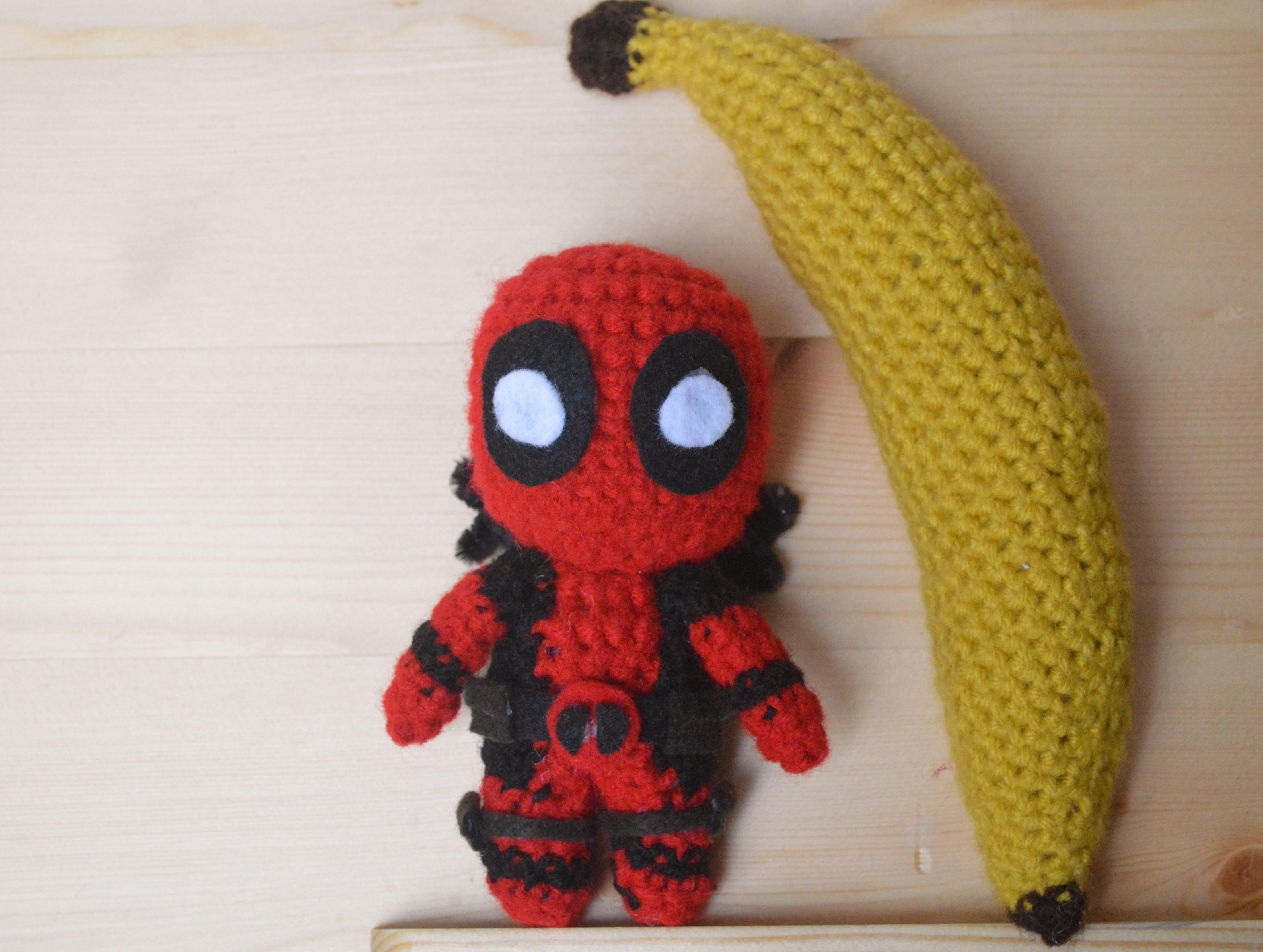 La Fee Crochette: Free Deadpool crochet pattern in French with a ... | 3345x4438