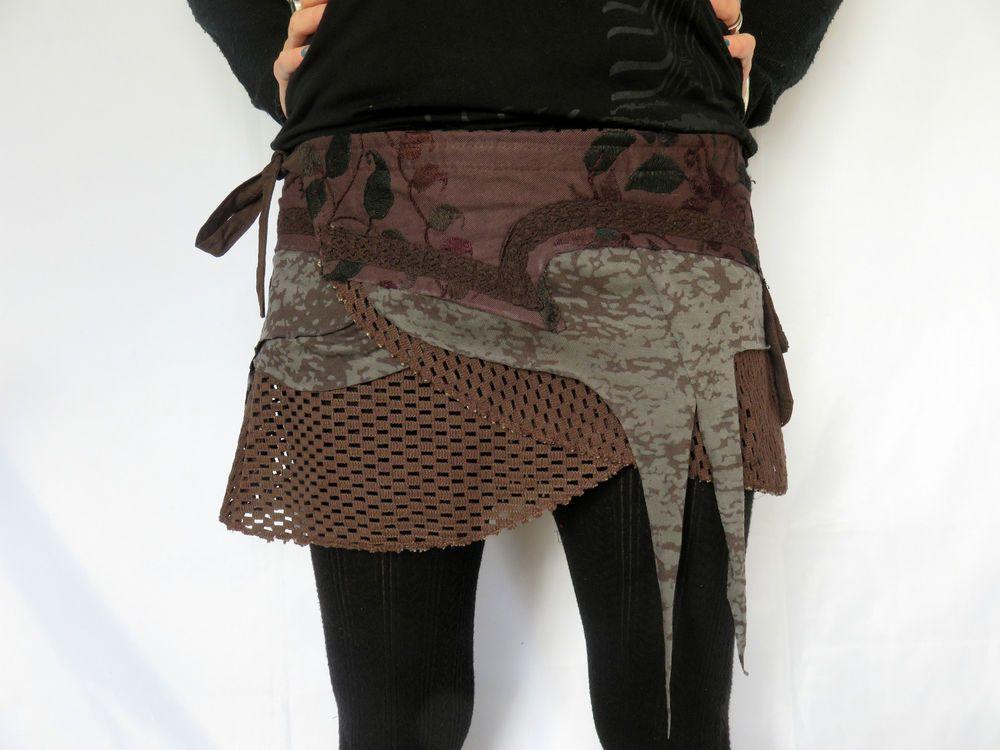 Mini Jupe Brodée Noire Vetement Psy Trance Teuf  Festival Clothing