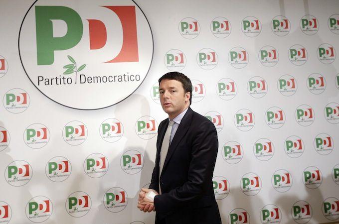 Movimento 5 Stelle News: Rottame team di Renzi...