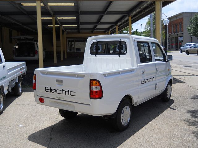 GGT Electric's New 2012 4-Door Scout Pickup Electric Truck