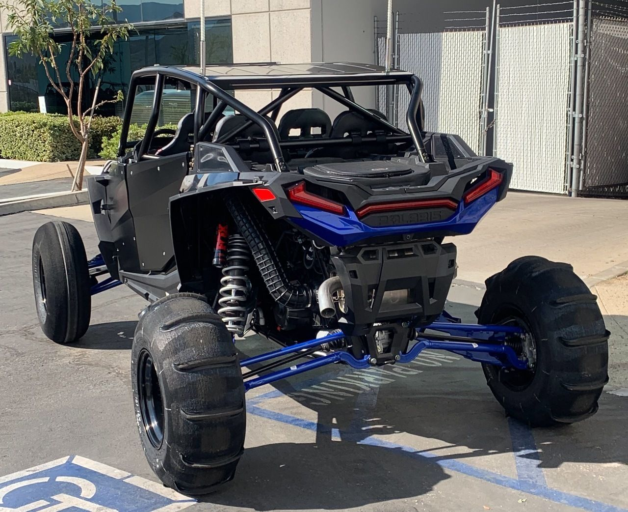 Xpr 4 Fastback Shorty Cage Polaris Rzr Xp 4 1000 In 2020 Polaris Rzr Xp Polaris Rzr Rzr