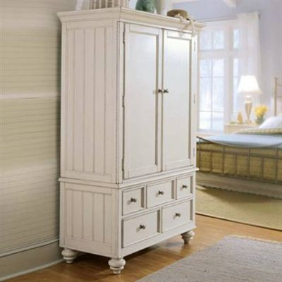 Charmant An Absolutely Gorgeous White Armoire Http://vintageflat.com/white Armoire