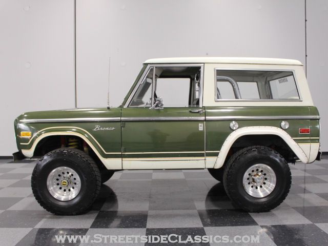Autotrader Classics 1976 Ford Bronco Truck Green Other Automatic