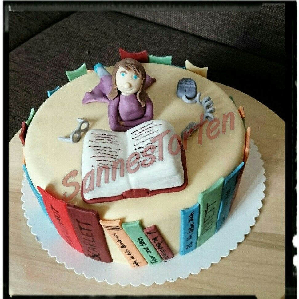 Book Cake, Bücher, Buch Kuchen   Buch kuchen, Kuchen, Torten