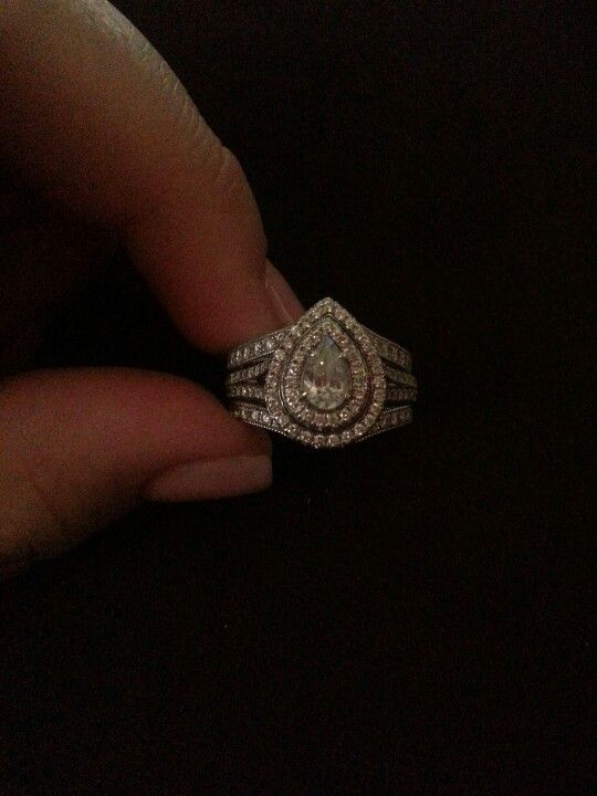 e101db36c How I can add a wedding band to my pear engagement ring.   Down the ...